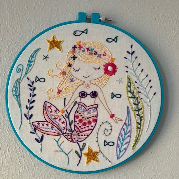Mermaid Embroidery Wall Hanging-8 inch
